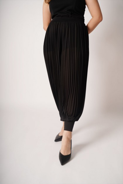 ReClassic Pleated Pants
